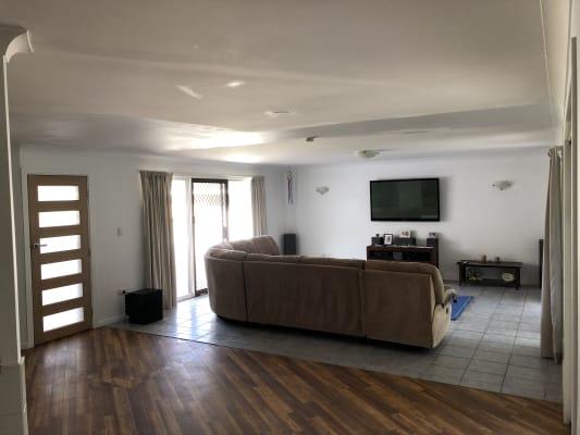 $185, Share-house, 4 bathrooms, Myrtle Court, Palm Beach QLD 4221