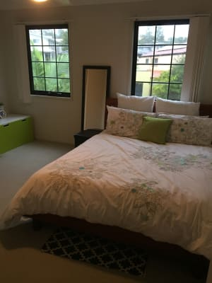 $140, Share-house, 4 bathrooms, Estate Place, Holland Park West QLD 4121