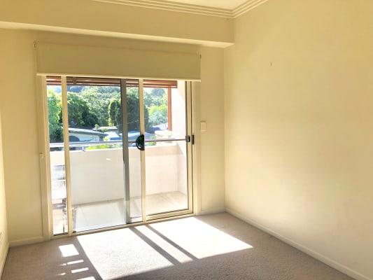 $210, Flatshare, 3 bathrooms, Bullimah Avenue, Burleigh Heads QLD 4220