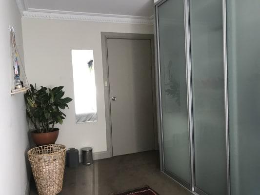 $395, Flatshare, 2 bathrooms, Palmer Street, Darlinghurst NSW 2010