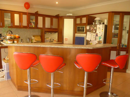 $180, Share-house, 2 bathrooms, Thompson Street, Woonona NSW 2517