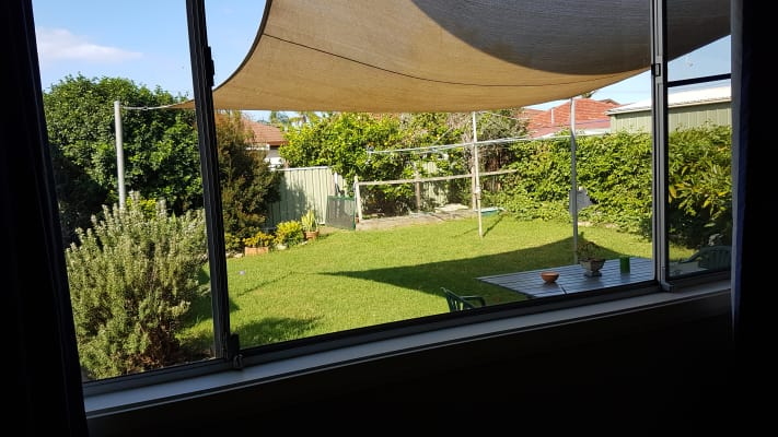 $200, Share-house, 3 bathrooms, Para Street, Balgownie NSW 2519