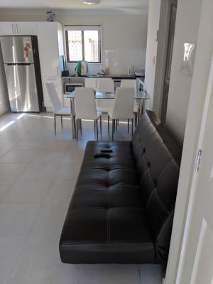 $150, Flatshare, 2 bathrooms, Meander Circuit, Holmview QLD 4207