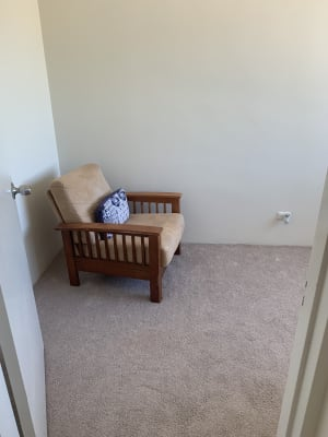 $175, Student-accommodation, 1 bathroom, Birdwood Road, Holland Park West QLD 4121
