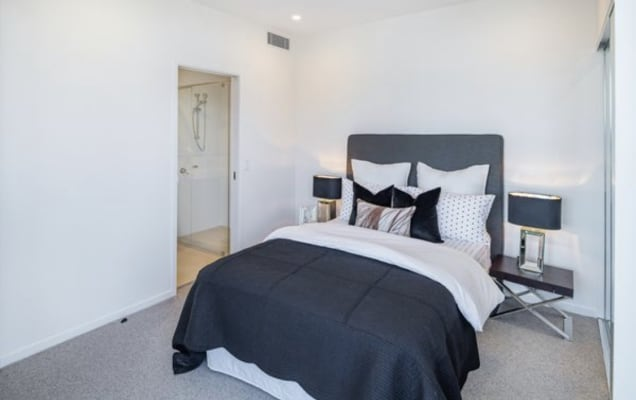 $280, Flatshare, 2 bathrooms, Cunningham Street, Newstead QLD 4006