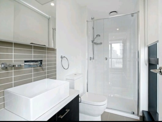 $175, Flatshare, 2 bathrooms, Sutherland Street, Melbourne VIC 3000