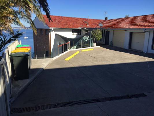 $250, Flatshare, 2 bathrooms, Ross Street, Belmont NSW 2280