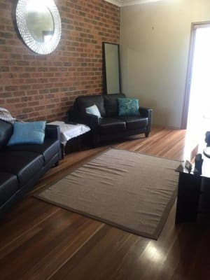 $130, Flatshare, 3 bathrooms, Dawson Street, Cooks Hill NSW 2300