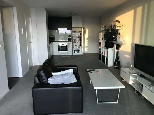 $250, Flatshare, 2 bathrooms, Thorn Street, Kangaroo Point QLD 4169