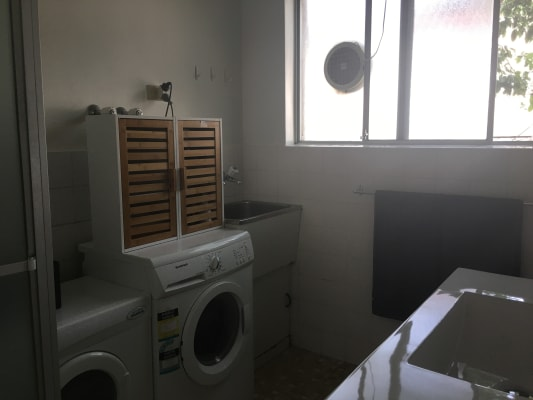 $210, Flatshare, 2 bathrooms, South Avenue, Bentleigh VIC 3204