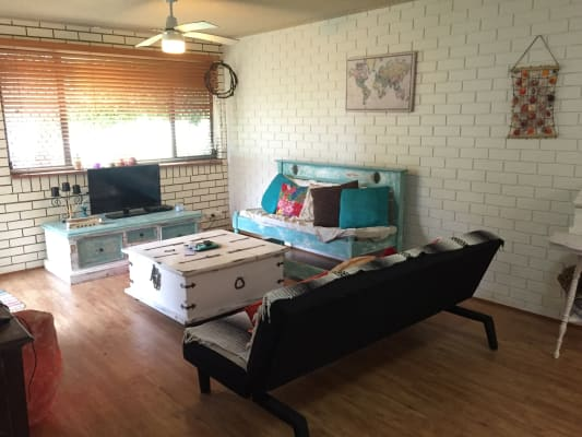 $150, Flatshare, 2 bathrooms, Coonoowrin St, Currimundi QLD 4551