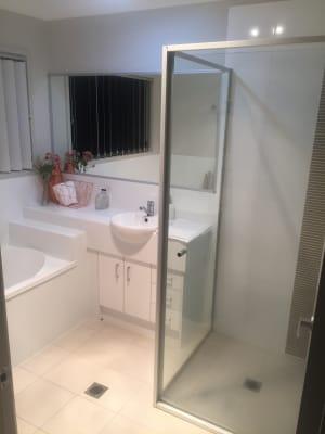 $130, Share-house, 3 bathrooms, Hillsborough Place, Springfield Lakes QLD 4300
