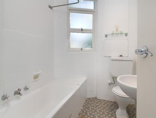 $350, Flatshare, 2 bathrooms, Stanley Street, Woollahra NSW 2025