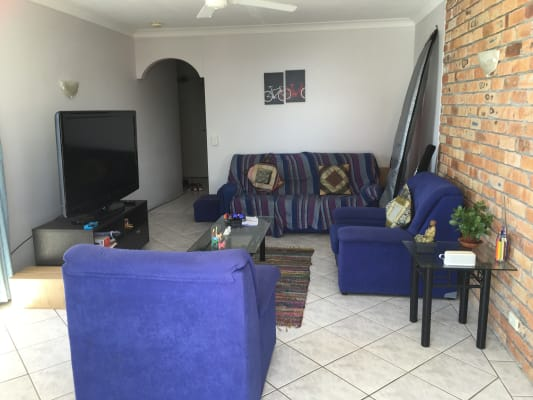 $200, Flatshare, 2 bathrooms, Oak Avenue, Surfers Paradise QLD 4217