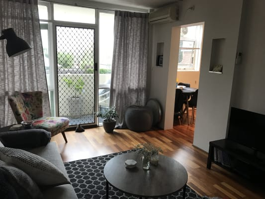 $190, Share-house, 2 bathrooms, Maribyrnong Road, Moonee Ponds VIC 3039