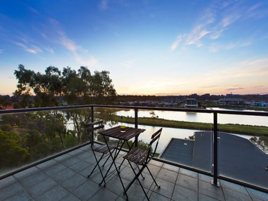 $210, Flatshare, 3 bathrooms, Fisher Parade, Ascot Vale VIC 3032