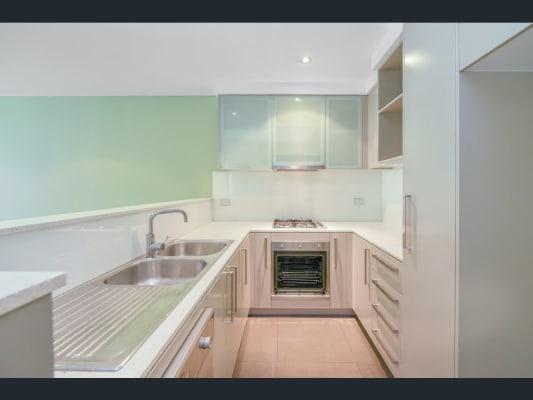$210, Homestay, 2 bathrooms, Cooper Street, Strathfield NSW 2135