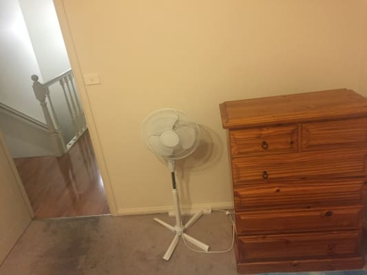 $250, Share-house, 4 bathrooms, Toongabbie Road, Toongabbie NSW 2146