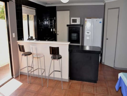 $180, Share-house, 6 bathrooms, Alexandra Place, Bentley WA 6102