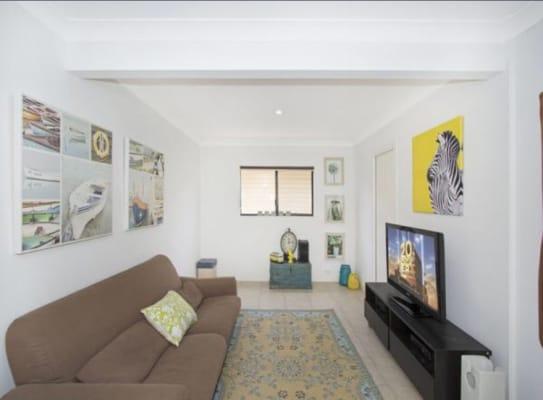 $300, Whole-property, 2 bathrooms, Crescent Street, Cudgen NSW 2487