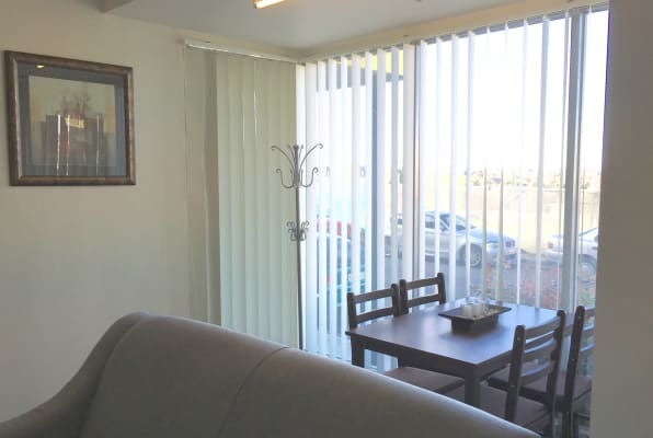 $320, Studio, 1 bathroom, Wardens Walk, Coburg VIC 3058