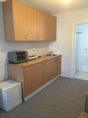 $250, Granny-flat, 1 bathroom, Killalea Drive, Shell Cove NSW 2529