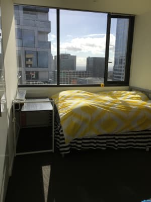 $250, Flatshare, 2 bathrooms, Little Bourke Street, Melbourne VIC 3004