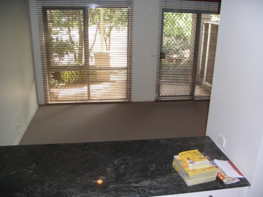 $355, Share-house, 2 bathrooms, Morley Street, Port Melbourne VIC 3207
