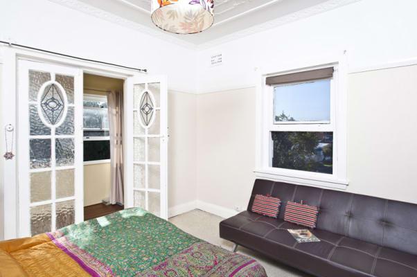 $360, Flatshare, 2 bathrooms, Simpson St, Bondi NSW 2026