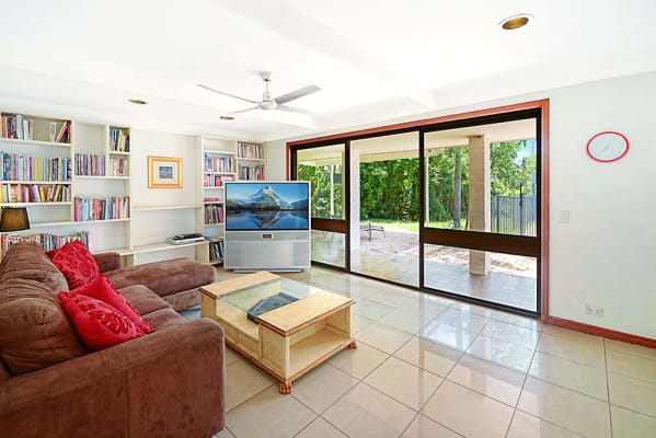 $180, Share-house, 4 bathrooms, Conifer Crescent, Broadbeach Waters QLD 4218