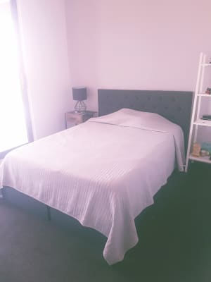 $240, Flatshare, 2 bathrooms, Bank Street, West End QLD 4101