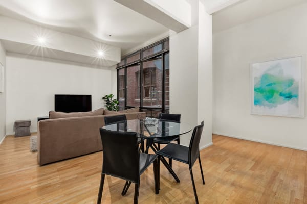 $700, 1-bed, 1 bathroom, Flinders Lane, Melbourne VIC 3000