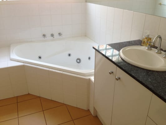 $200, Share-house, 4 bathrooms, Shenfield Avenue, Chelsea VIC 3196