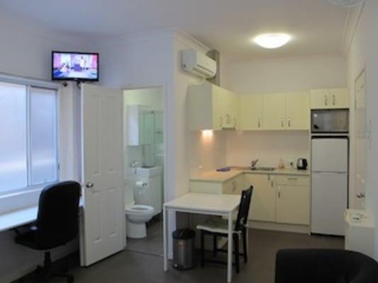 $350, Studio, 1 bathroom, Abingdon Street, Woolloongabba QLD 4102