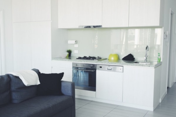 $450, Flatshare, 2 bathrooms, La Trobe Street, Docklands VIC 3008