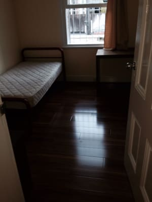 $175, Flatshare, 2 bathrooms, Murray Street, Pyrmont NSW 2009