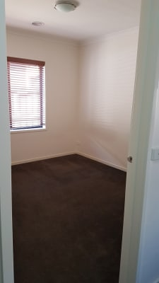 $165, Share-house, 4 bathrooms, MacQueen Street, Mernda VIC 3754