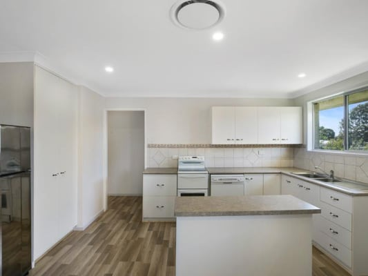 $180, Share-house, 4 bathrooms, Rose Street, Wilsonton QLD 4350
