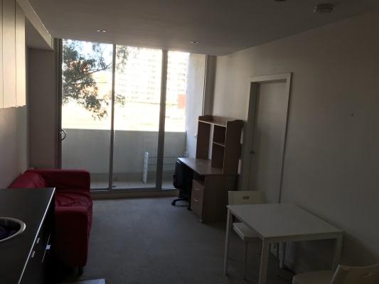 $150, Flatshare, 2 bathrooms, Bouverie Street, Carlton VIC 3053