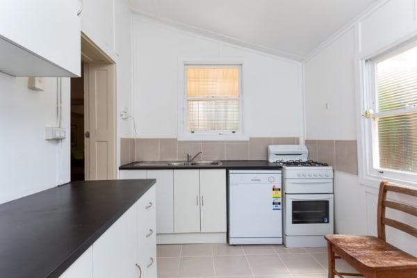 $210, Share-house, 3 bathrooms, Beach Road, Bondi Beach NSW 2026