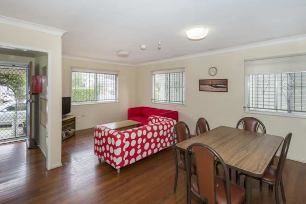 $175, Share-house, 6 bathrooms, Sexton Street, Highgate Hill QLD 4101