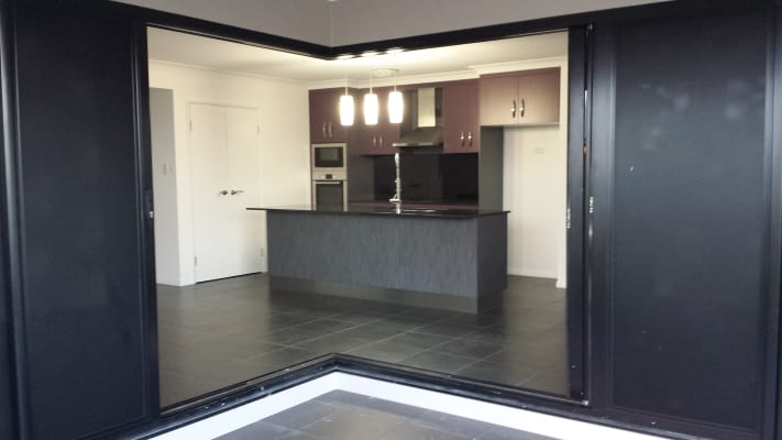 $150, Share-house, 3 bathrooms, Fremont Street, Mount Low QLD 4818
