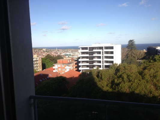$300, Flatshare, 2 bathrooms, Penkivil Street, Bondi NSW 2026