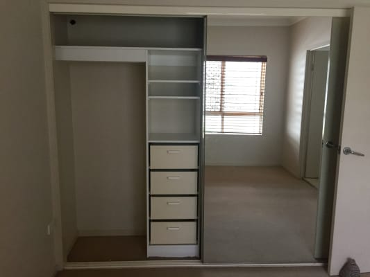$220, Flatshare, 2 bathrooms, Beeston Street, Teneriffe QLD 4005