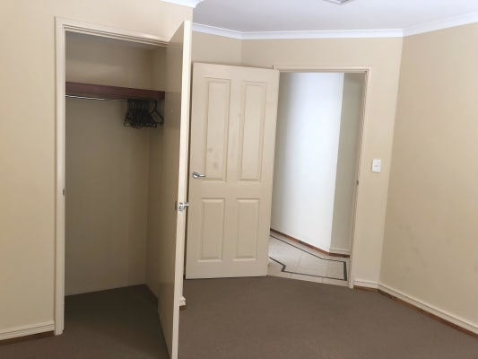 $160, Share-house, 4 bathrooms, Coulthard Crescent, Canning Vale WA 6155