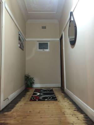 $250, Share-house, 5 bathrooms, Anzac Parade, Maroubra NSW 2035