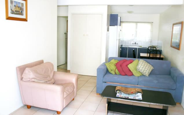 $160, Flatshare, 2 bathrooms, Sunset Boulevard, Surfers Paradise QLD 4217