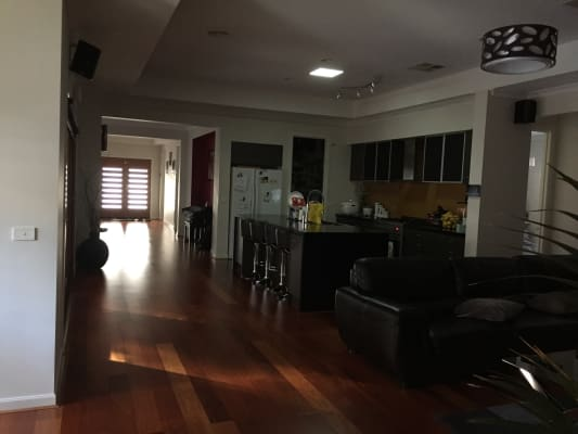 $180, Share-house, 4 bathrooms, Frewin Street, Epping VIC 3076