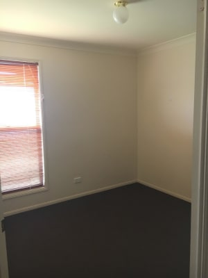 $145, Flatshare, 2 bathrooms, West Street, Kearneys Spring QLD 4350