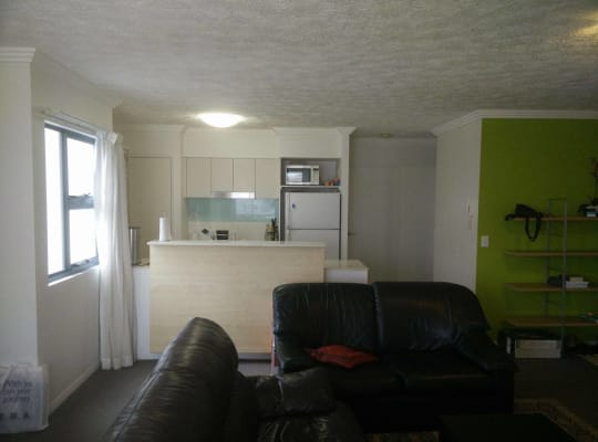 $500, Whole-property, 2 bathrooms, Stanley Street, Woolloongabba QLD 4102